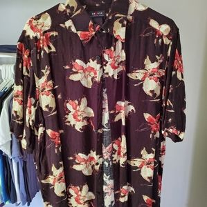 Other - Vintage Floral Button Down